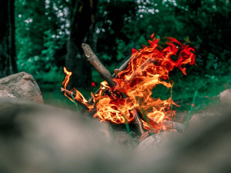 aanwakkeren liefde vuur